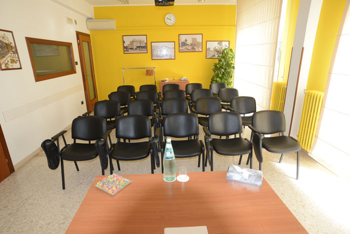 Sala Zefiro allestimento platea